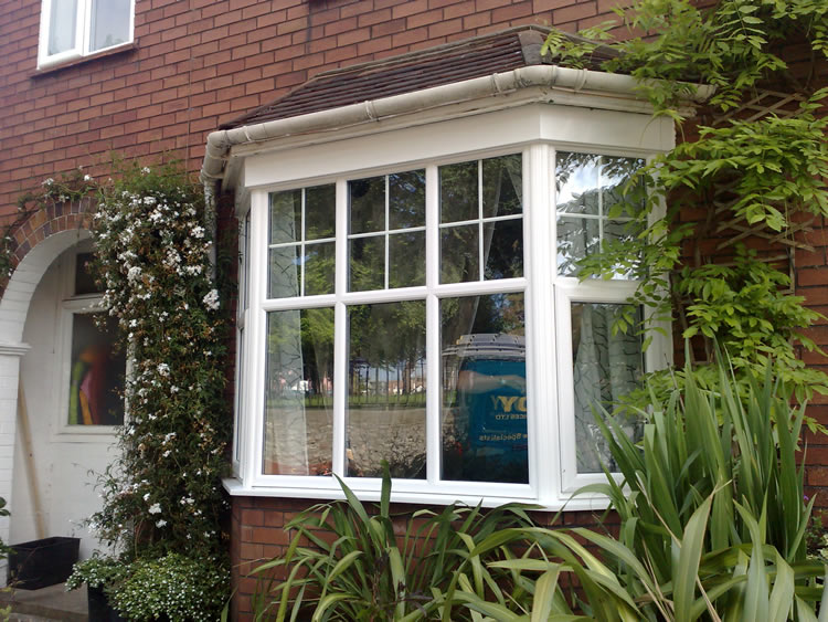 Replacement window styles uk related keywords for Bay window designs